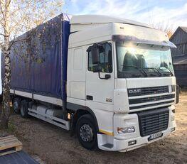 camion bâché DAF XF95.430