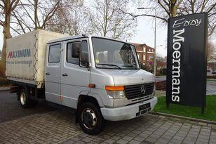 camion bâché MERCEDES-BENZ 814D Double Cabin