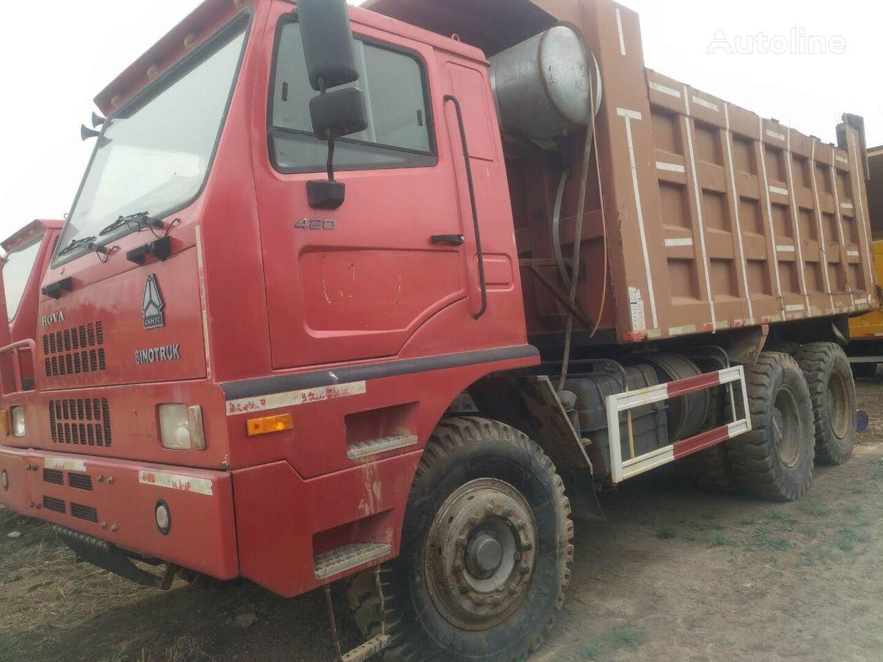 camion-benne THWAITES HOWO 375
