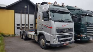 camion forestier VOLVO FH540 6x4