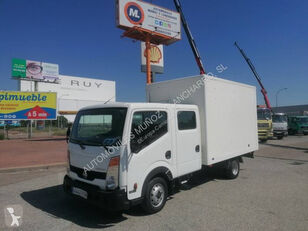 camion fourgon NISSAN 35.13
