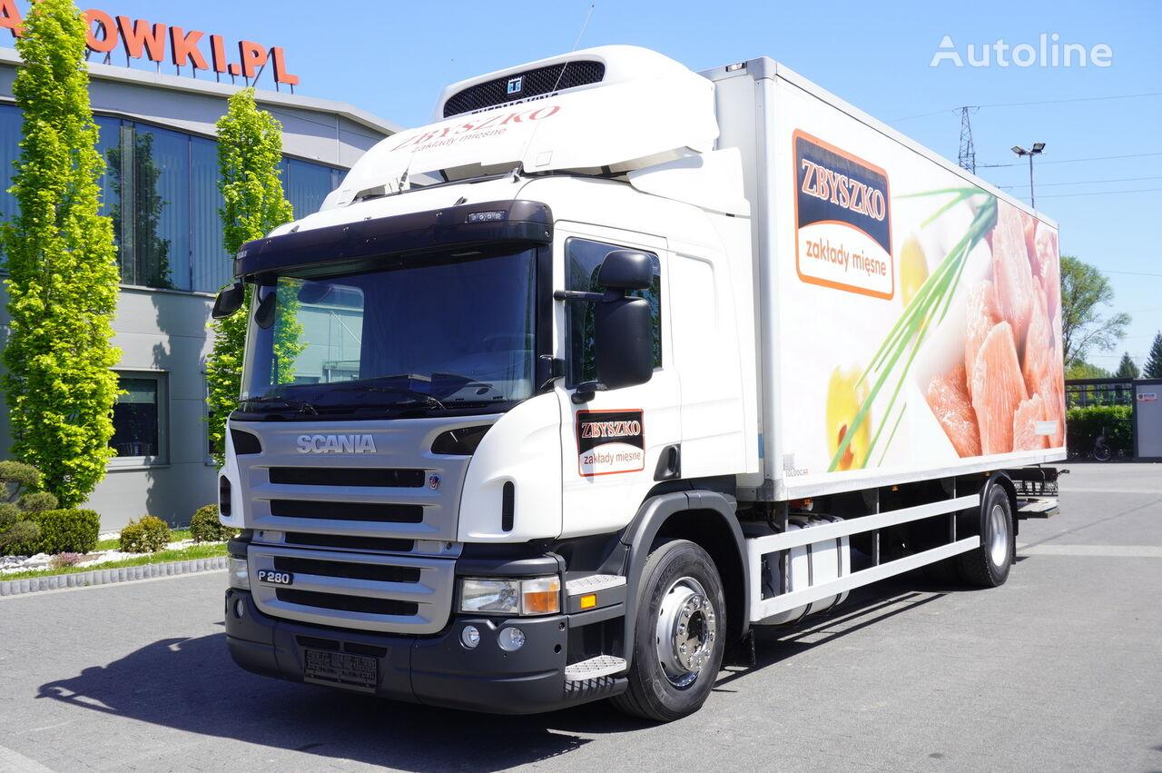 camion frigorifique SCANIA P280 , E5 , 18 EPAL , Meat HOOKS , tail lift , retarder , sleep
