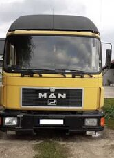 camion isotherme MAN 14.272