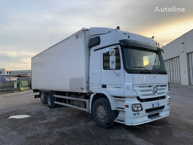 camion isotherme MERCEDES-BENZ ACTROS 2544 CASSONE ISOTERMICO LAMBERET