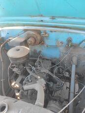 camion plateau GAZ 5204