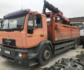 camion plateau MAN 18.284 L89 HDS